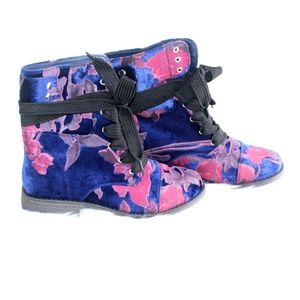 NEW Call It Spring Velvet Floral Combat Boot 8